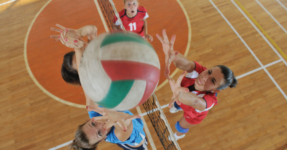 Reach-for-the-basketball